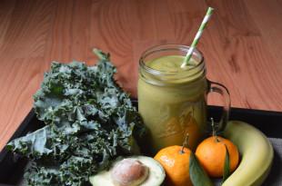 Avocado Banana Orange Kale Smoothie Recipe