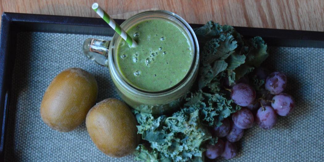 Kiwi Grapes Kale Smoothie Recipe