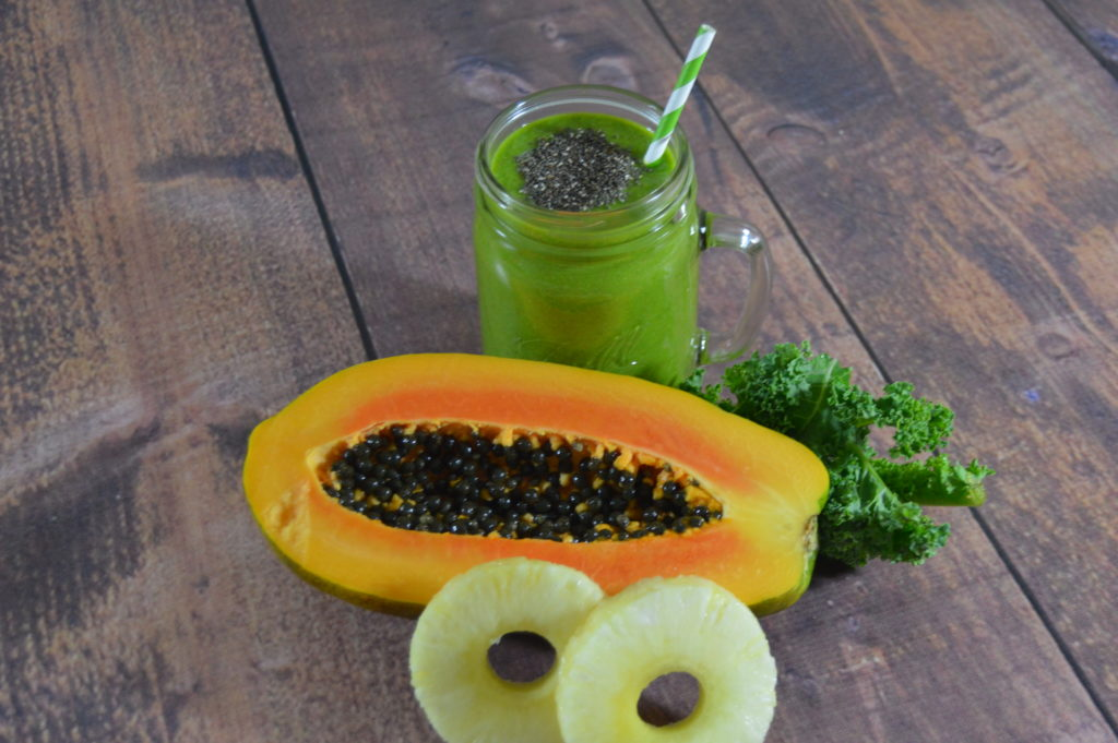 Tropical Papaya Pineapple Kale Green Smoothie Recipe