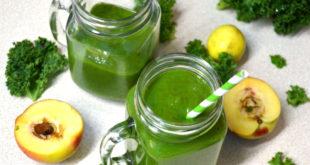 Tropical Papaya Pineapple Kale Green Smoothie Recipe